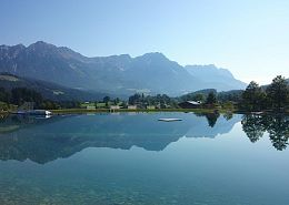Ahornsee Söll - schwimming with a view of the Wilder Kaiser and Hohe Salve